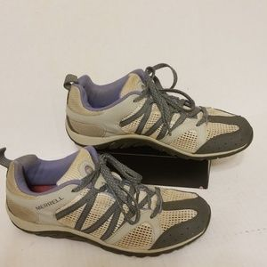 Merrell all terrain women's shoes size 9.5